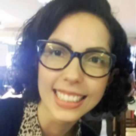 """Apontamentos sobre a Conferência """"Família e Proteção Social: intervenções profissionais contemporâneas"""" - Por Fernanda Ely Borba"""