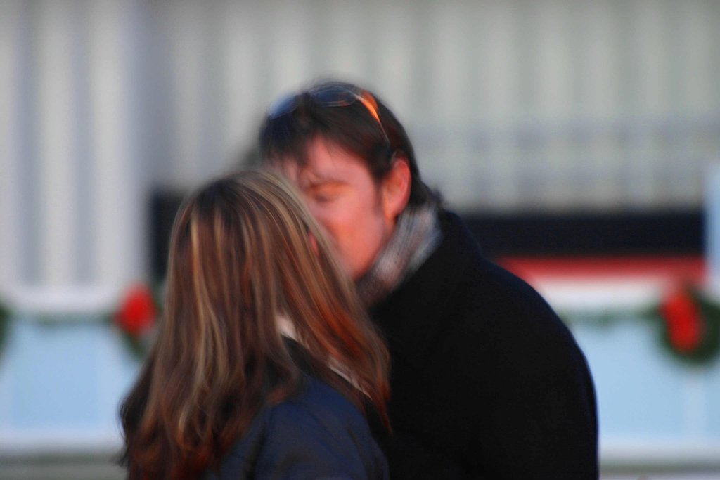Beijo roubado configura o crime estupro?Saiba como ficou o entendimento do STJ - Por Mackysuel Mendes Lins