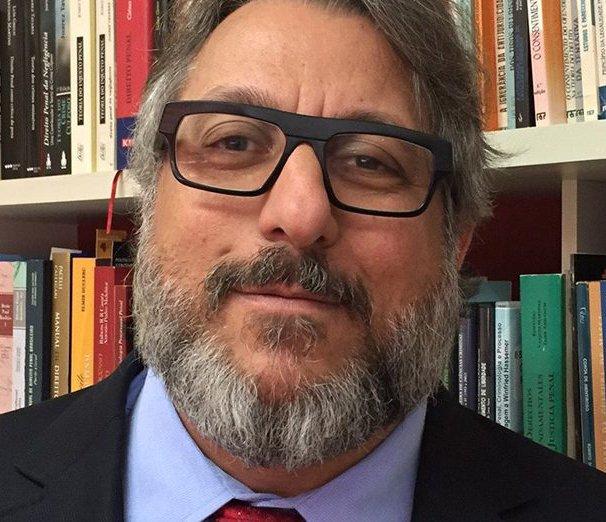 """Prerrogativas da advocacia e o projeto """"anticrime"""""""